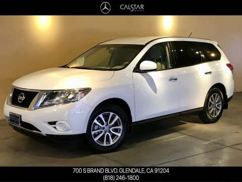 Pre-Owned 2015 Nissan Pathfinder S FWD Sport Utility